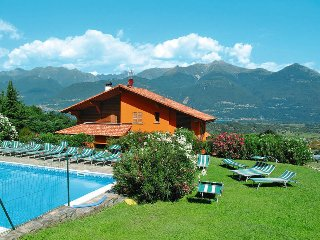3 bedroom Apartment in Colico, Lombardy, Italy : ref 5436558