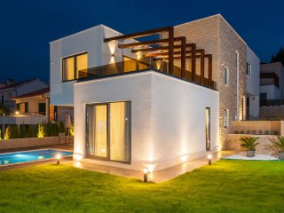 Luxurious first line sea Villa Rose EOS CROATIA with indoor and outdoor pool