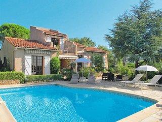 3 bedroom Villa in Les Issambres, Provence-Alpes-Cote d'Azur, France : ref 54360