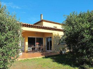 4 bedroom Villa in Hyeres, Provence-Alpes-Cote d'Azur, France : ref 5435985