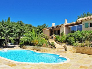 2 bedroom Villa in Grimaud, Provence-Alpes-Côte d'Azur, France : ref 5435964