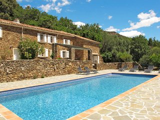 3 bedroom Villa in La Garde-Freinet, Provence-Alpes-Cote d'Azur, France : ref 54
