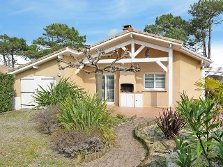3 bedroom Villa in Biscarrosse-Plage, Nouvelle-Aquitaine, France - 5434815