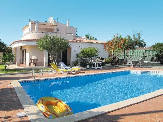 4 bedroom Villa in Alporchinhos, Faro, Portugal : ref 5434636