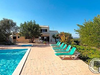 4 bedroom Villa in Armação de Pêra, Faro, Portugal : ref 5433027