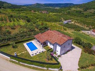 3 bedroom Villa in Motovun, Istarska Županija, Croatia : ref 5426575
