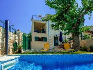 2 bedroom Villa in Porec, Istarska Zupanija, Croatia : ref 5426424