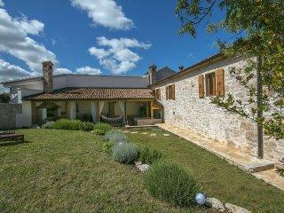 2 bedroom Villa in Visignano, Istarska Županija, Croatia : ref 5426342