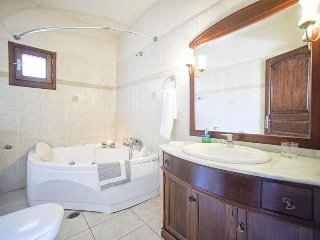 3 bedroom Villa in Sarakinatika, Ionian Islands, Greece : ref 5426251