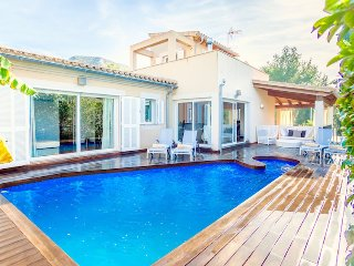 Catalunya Casas: Modern Villa Rory for 6 guests, just 2km to the beach!