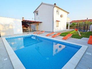 3 bedroom Villa in Sukošan, Zadarska Županija, Croatia : ref 5400227