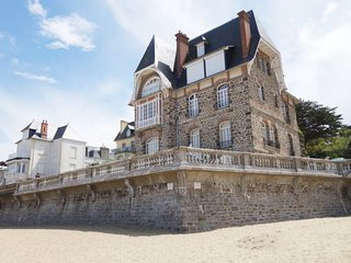 2 bedroom Apartment in Dinard, Brittany, France : ref 5398642
