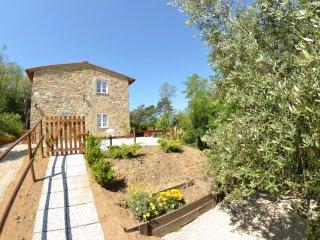 2 bedroom Villa in Capannori, Tuscany, Italy : ref 5398592