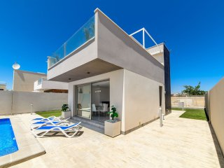3 bedroom Chalet in Torre de la Horadada, Valencia, Spain : ref 5393001