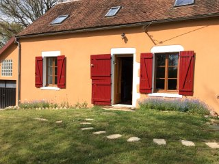 House with 3 bedrooms in Dampierre sous bouhy, with enclosed garden