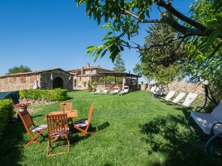 5 bedroom Apartment in Badia a Passignano, Tuscany, Italy : ref 5365180