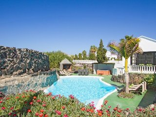 4 bedroom Villa in Puerto del Carmen, Canary Islands, Spain - 5334665