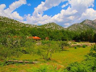 3 bedroom Villa in Omis, Splitsko-Dalmatinska Zupanija, Croatia : ref 5313478