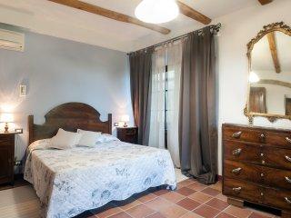 1 bedroom Apartment in San Gimignano, Tuscany, Italy : ref 5312859