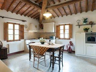 1 bedroom Apartment in San Gimignano, Tuscany, Italy : ref 5312847