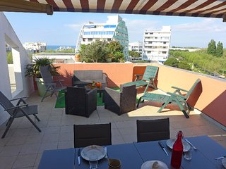 2 bedroom Apartment in La Grande-Motte, Occitania, France : ref 5312455