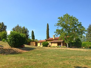 3 bedroom Villa in Vinci, Tuscany, Italy : ref 5296553