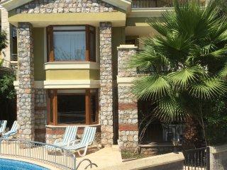 Villa Elma - private villa with swimming pool