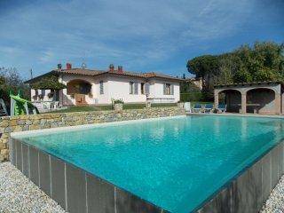 4 bedroom Villa in Casa Brancobalardi, Tuscany, Italy : ref 5251969