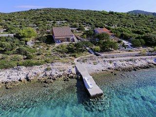 3 bedroom Villa in Tkon, Zadarska Županija, Croatia : ref 5251788