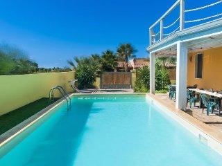 3 bedroom Villa in Pizzo, Apulia, Italy : ref 5250937