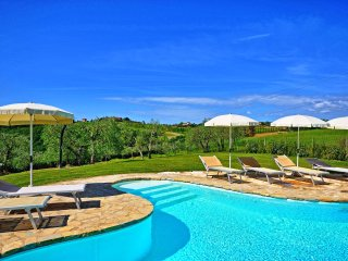 3 bedroom Villa in Montefalconi, Tuscany, Italy : ref 5241913