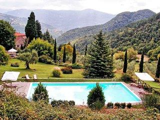 3 bedroom Villa in Barbiana, Tuscany, Italy : ref 5241679