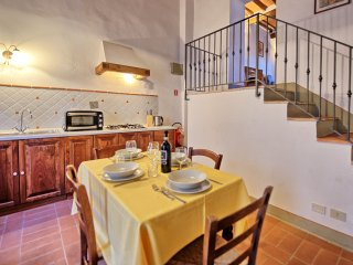 2 bedroom Apartment in Grassina Ponte a Ema, Tuscany, Italy : ref 5241484