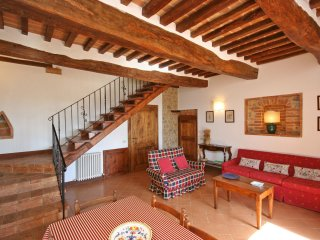 2 bedroom Apartment in Radi, Tuscany, Italy : ref 5241449