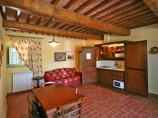 2 bedroom Apartment in Madonna di Pietracupa, Tuscany, Italy : ref 5241441