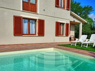 4 bedroom Villa in Stibbio, Tuscany, Italy : ref 5241043