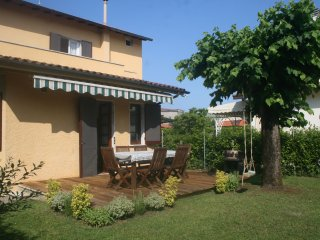 3 bedroom Villa in Forte dei Marmi, Tuscany, Italy : ref 5241014