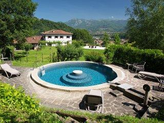3 bedroom Villa in Castelnuovo di Garfagnana, Tuscany, Italy : ref 5240969