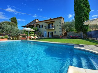 5 bedroom Villa in Cortona, Tuscany, Italy : ref 5240792