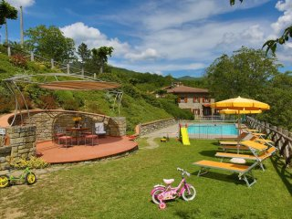 5 bedroom Villa in Calcinaia, Tuscany, Italy : ref 5240501