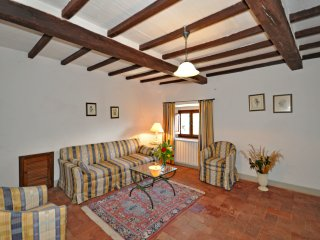 1 bedroom Apartment in Capolona, Tuscany, Italy : ref 5240291