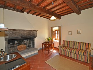 1 bedroom Apartment in Capolona, Tuscany, Italy : ref 5240273