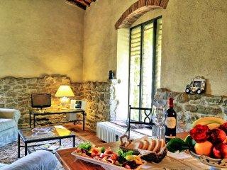 3 bedroom Villa in Santa Maria Acone, Tuscany, Italy : ref 5240162