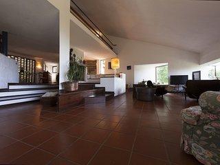 3 bedroom Villa in Passignano sul Trasimeno, Umbria, Italy : ref 5240069