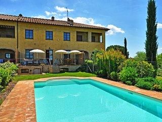 3 bedroom Apartment in Poggibonsi, Tuscany, Italy : ref 5240000