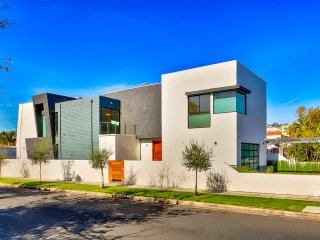 Modern Luxury Concept Home | Great Location in Beverly Grove | Pool & Spa