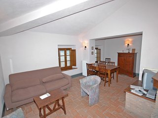 2 bedroom Apartment in Pievasciata, Tuscany, Italy : ref 5239523
