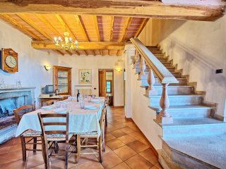 4 bedroom Apartment in San Polo in Chianti, Tuscany, Italy : ref 5239484