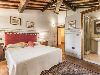 5 bedroom Villa in Monterchi, Tuscany, Italy : ref 5239212