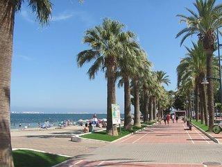 Los Alcázares - Family Beach Retreat - Apartment